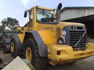 Volvo_L120E_loader